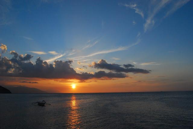 puerto galera sunset