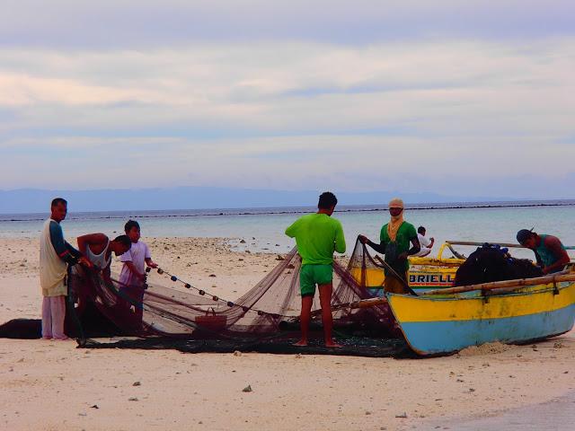 fishermen-camiguin