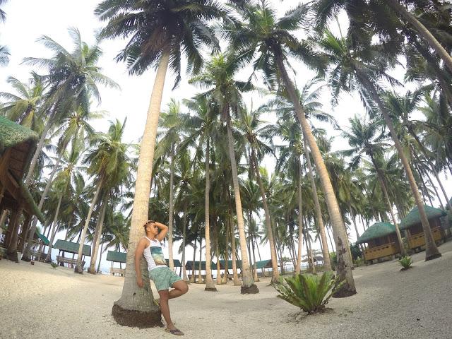 wawies beach resort maniwaya island marinduque