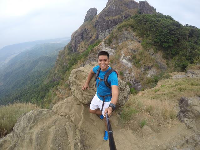 pico-de-loro-day-hike