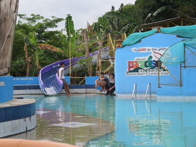 paradiso resort swimming pool