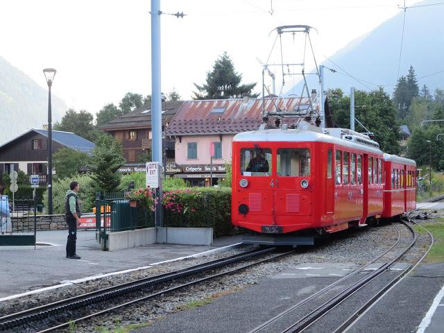 train in chamonix france