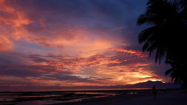 stunning sunset in siquijor