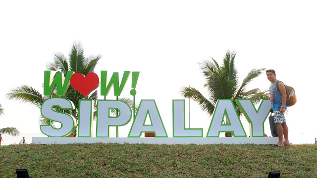 wow sipalay signage