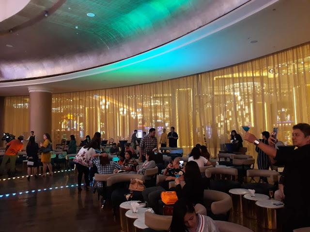 winford manila hippodrome bar lounge