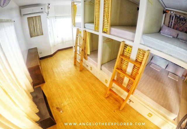 couples capsule beds