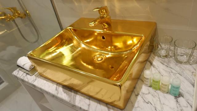 danang golden bay hotel golden sink