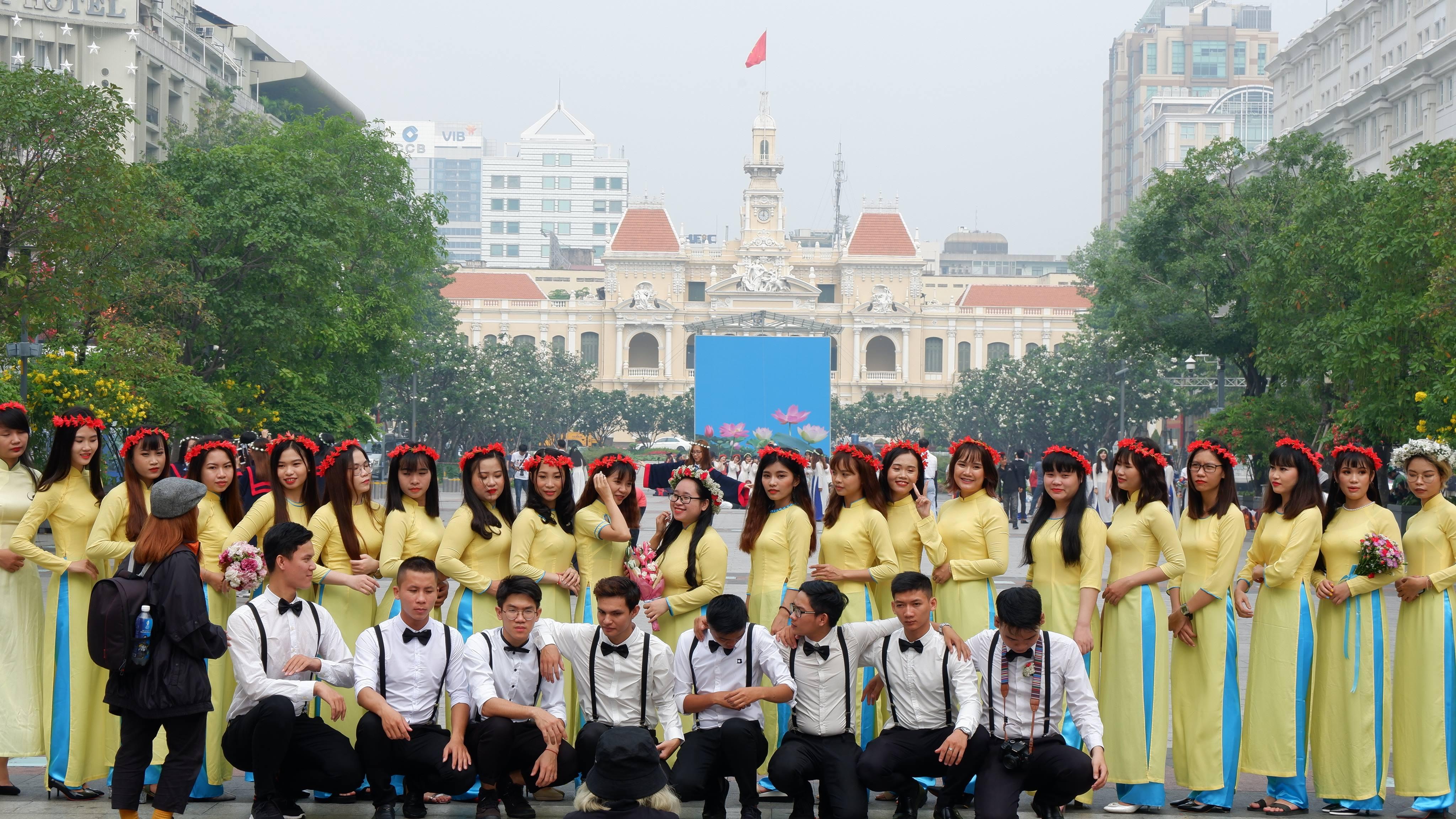 city-hall-saigon (1)