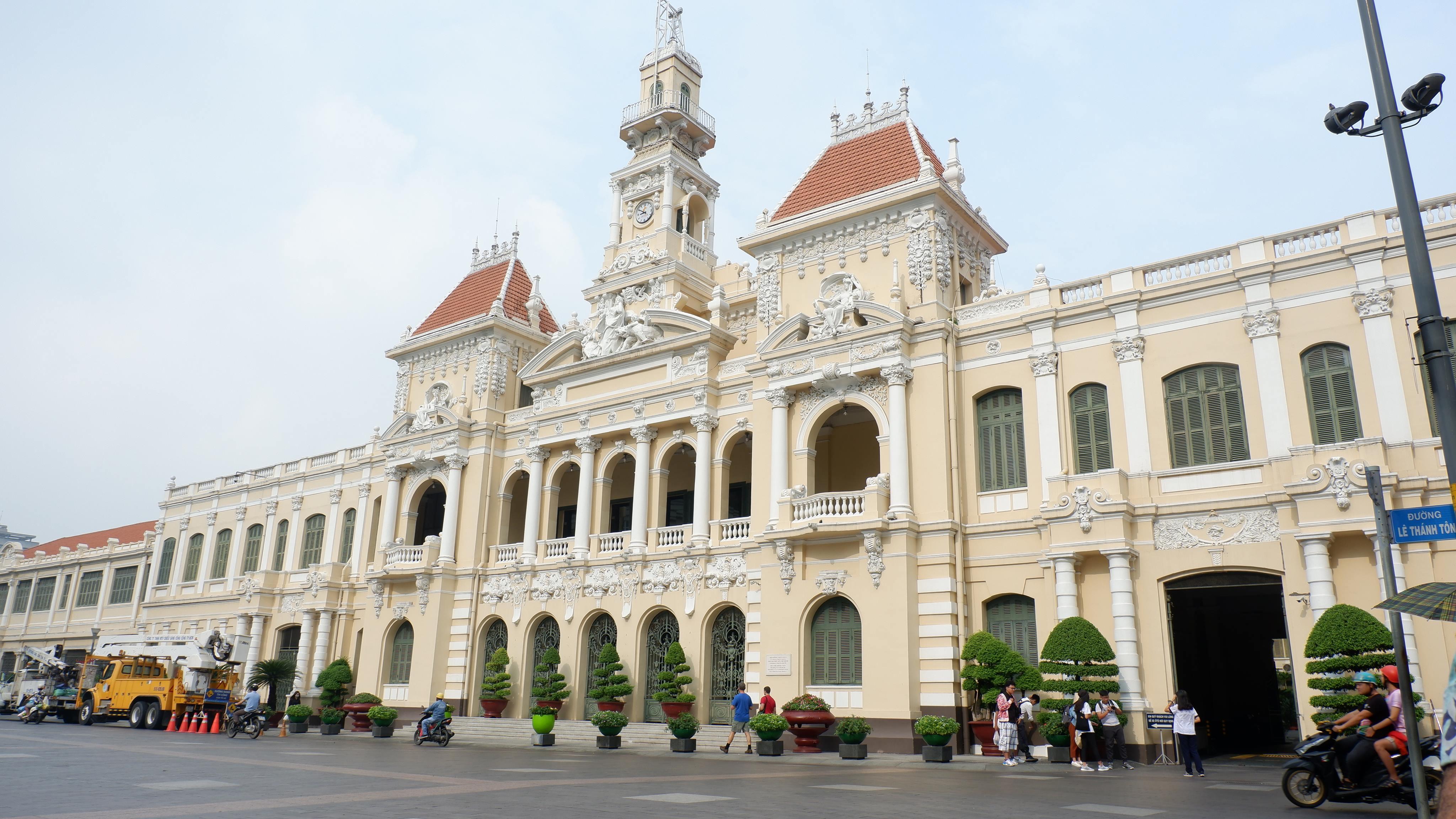 city-hall-saigon (2)