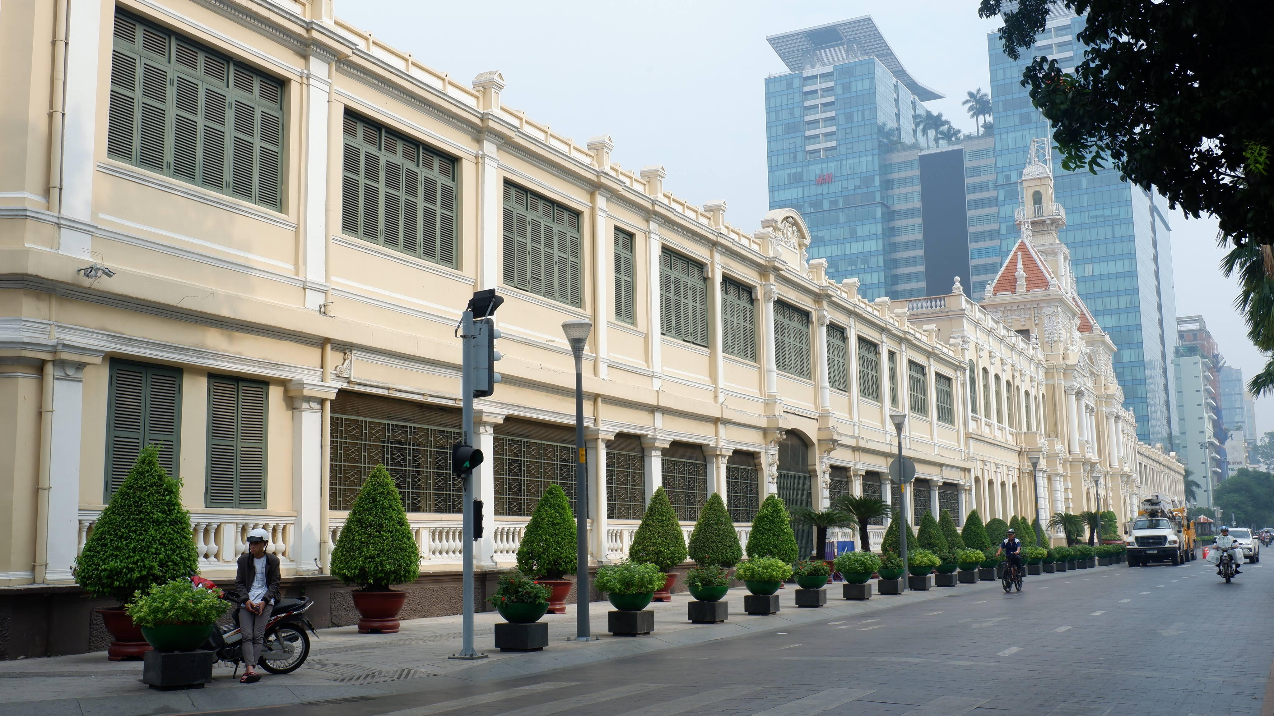 city-hall-saigon (3)