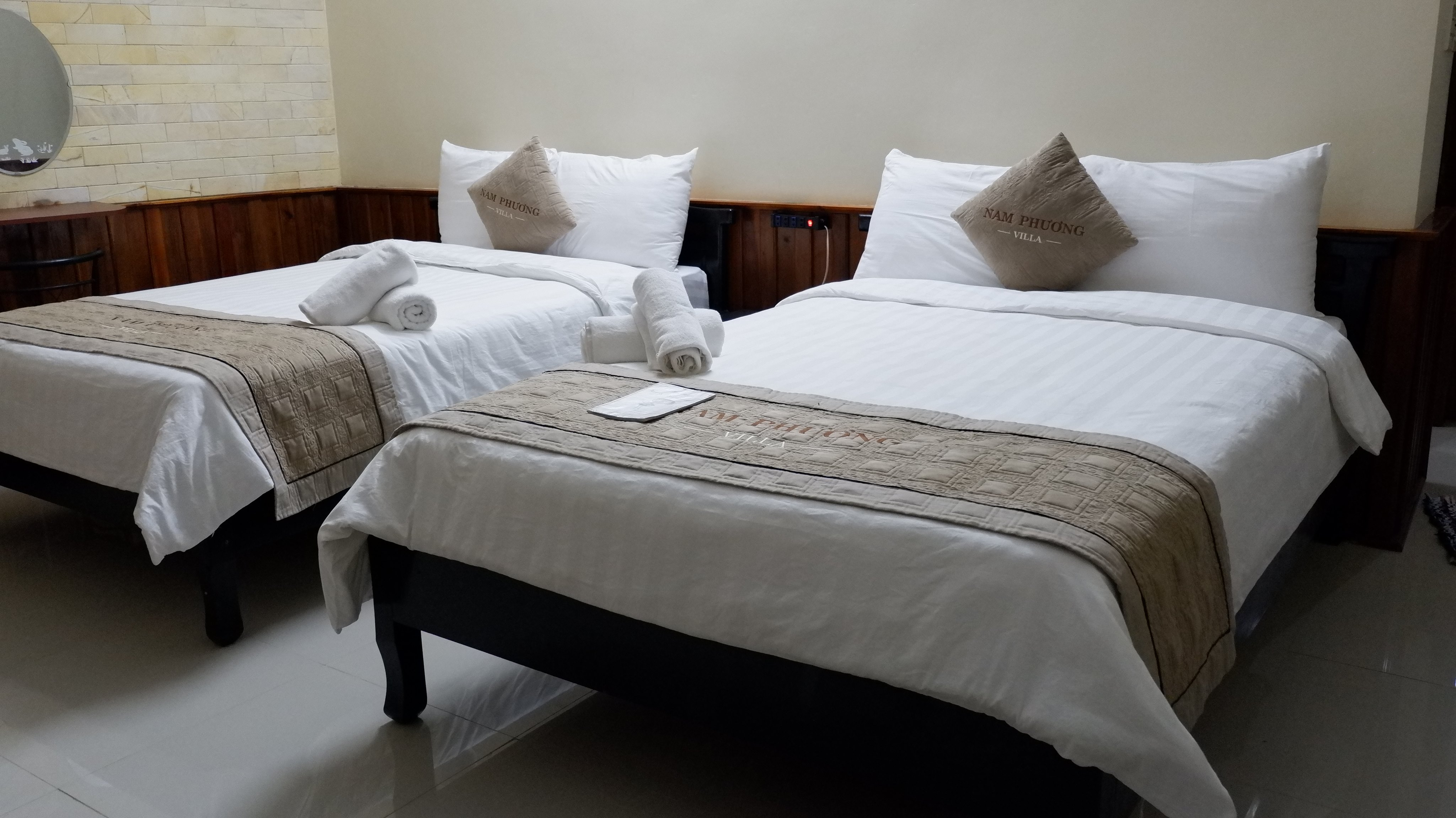riverside-villa-nam-phuong-hotel-hue-vietnam (3)