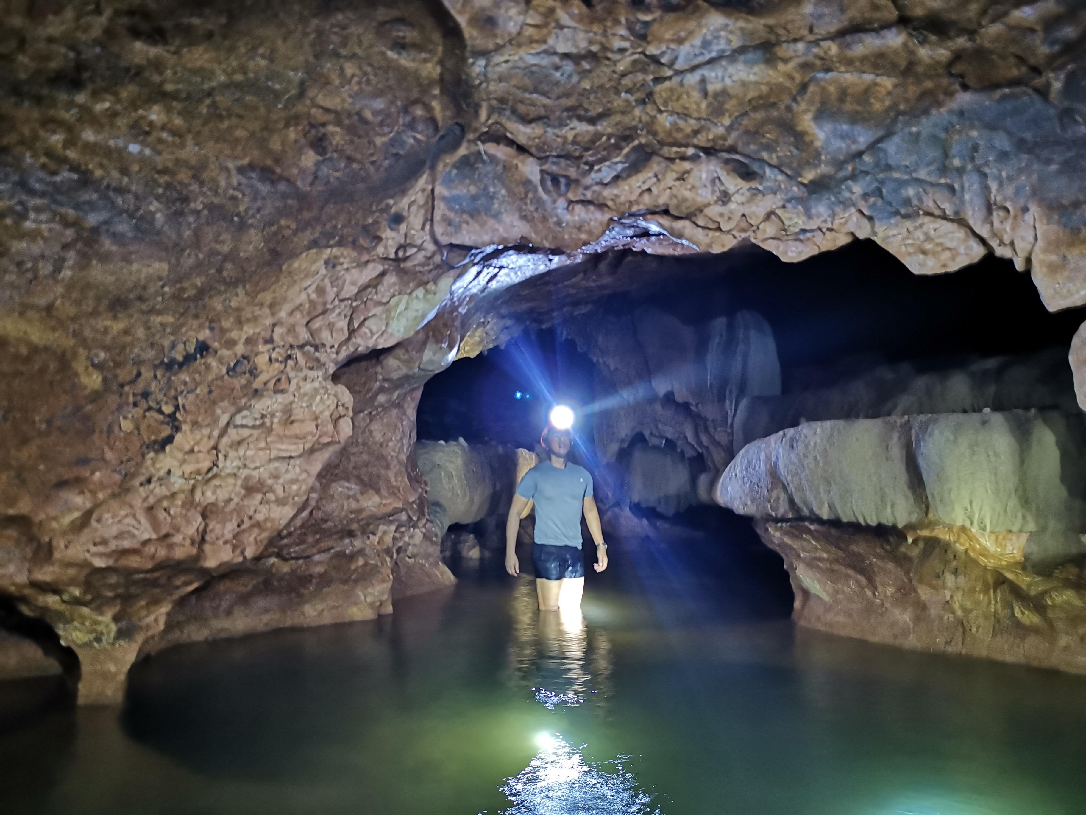 bagumbungan-cave-marinduque